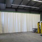 Hallentrennung mit PVC Planen