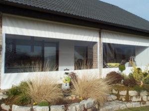 transparente Planen mit Fenstern für den Wintergarten